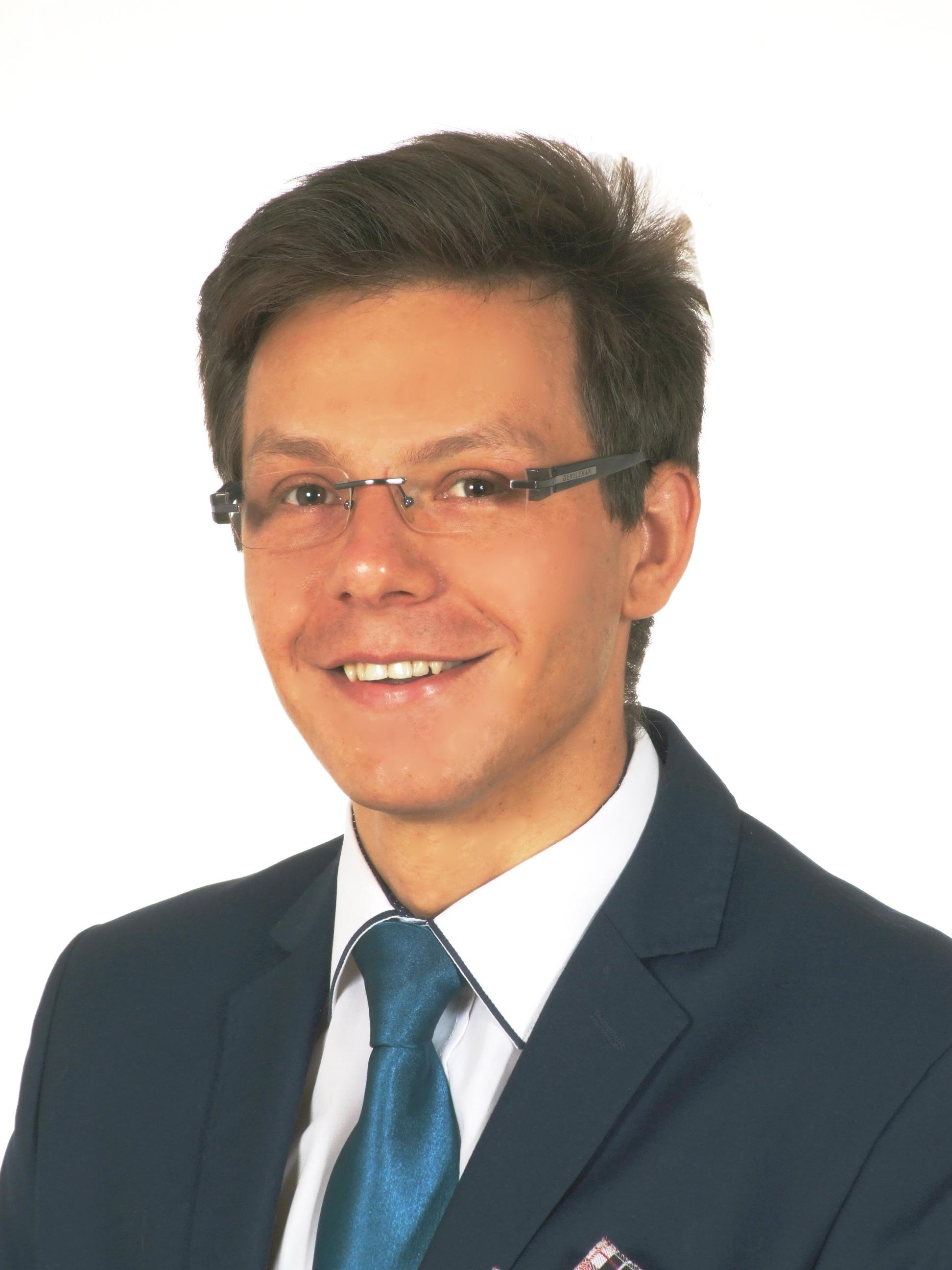 dr Mateusz Szast