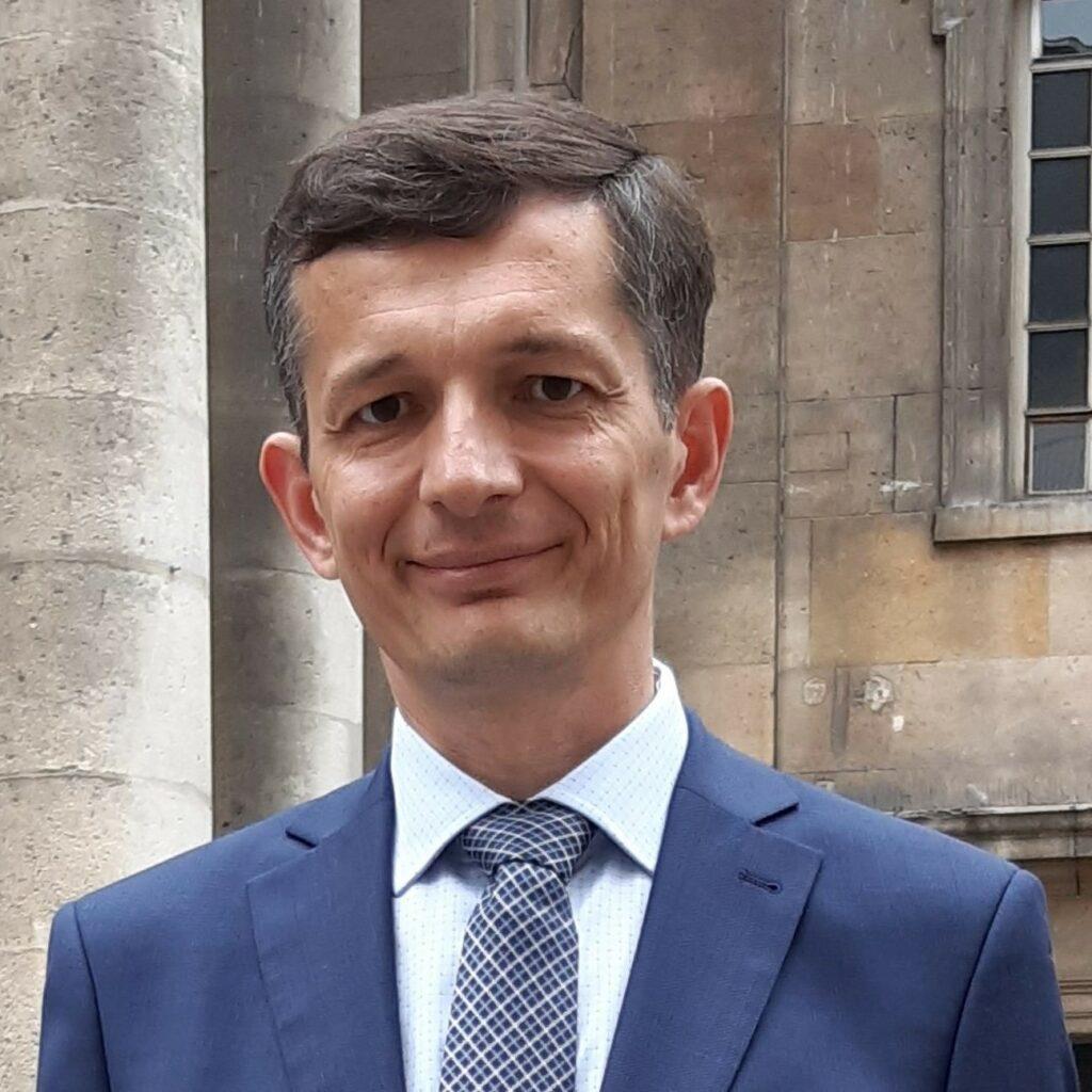 dr hab. Tomasz Rachwał, prof. UP