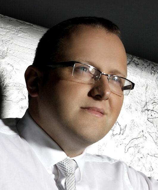 dr Marcin Gadocha