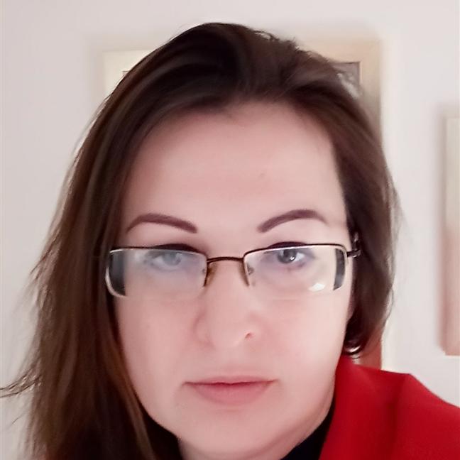 Dr Katarzyna Kruk-Junger